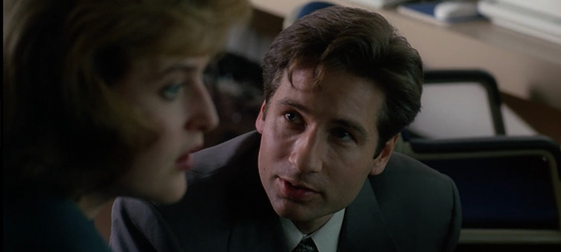 X-Files episodi bottiglia David Duchovny Gillian Anderson